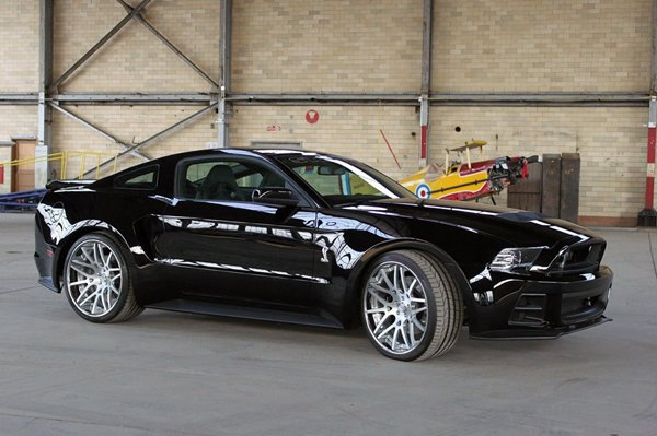 Ford Mustang 2013 от Steeda Autosports foto