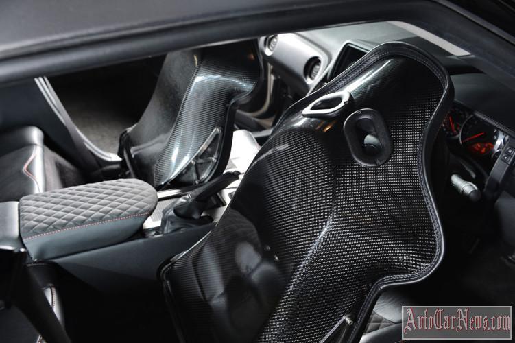 2014 Nissan GT-R LM900 photo