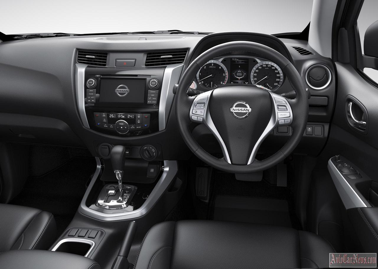 2015 Nissan Navara NP300 Photos