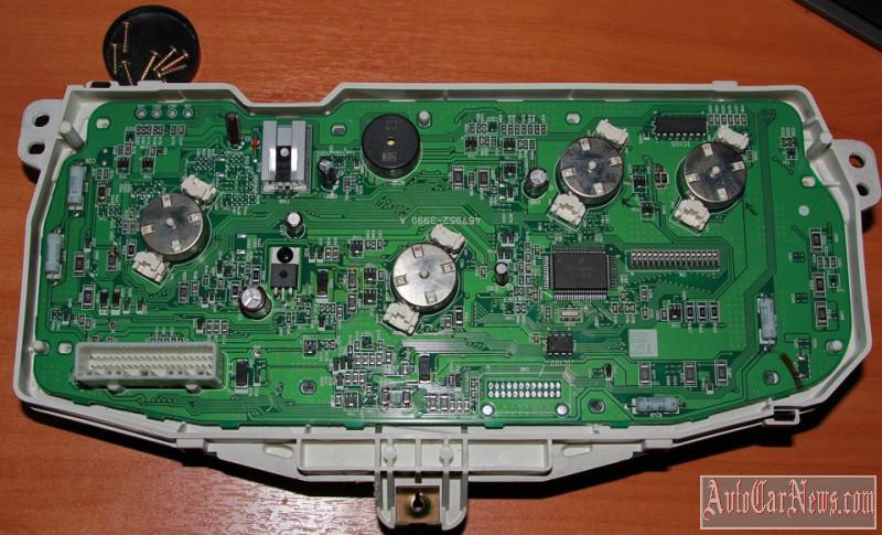 smotat-elektronnyj-spidometr-01