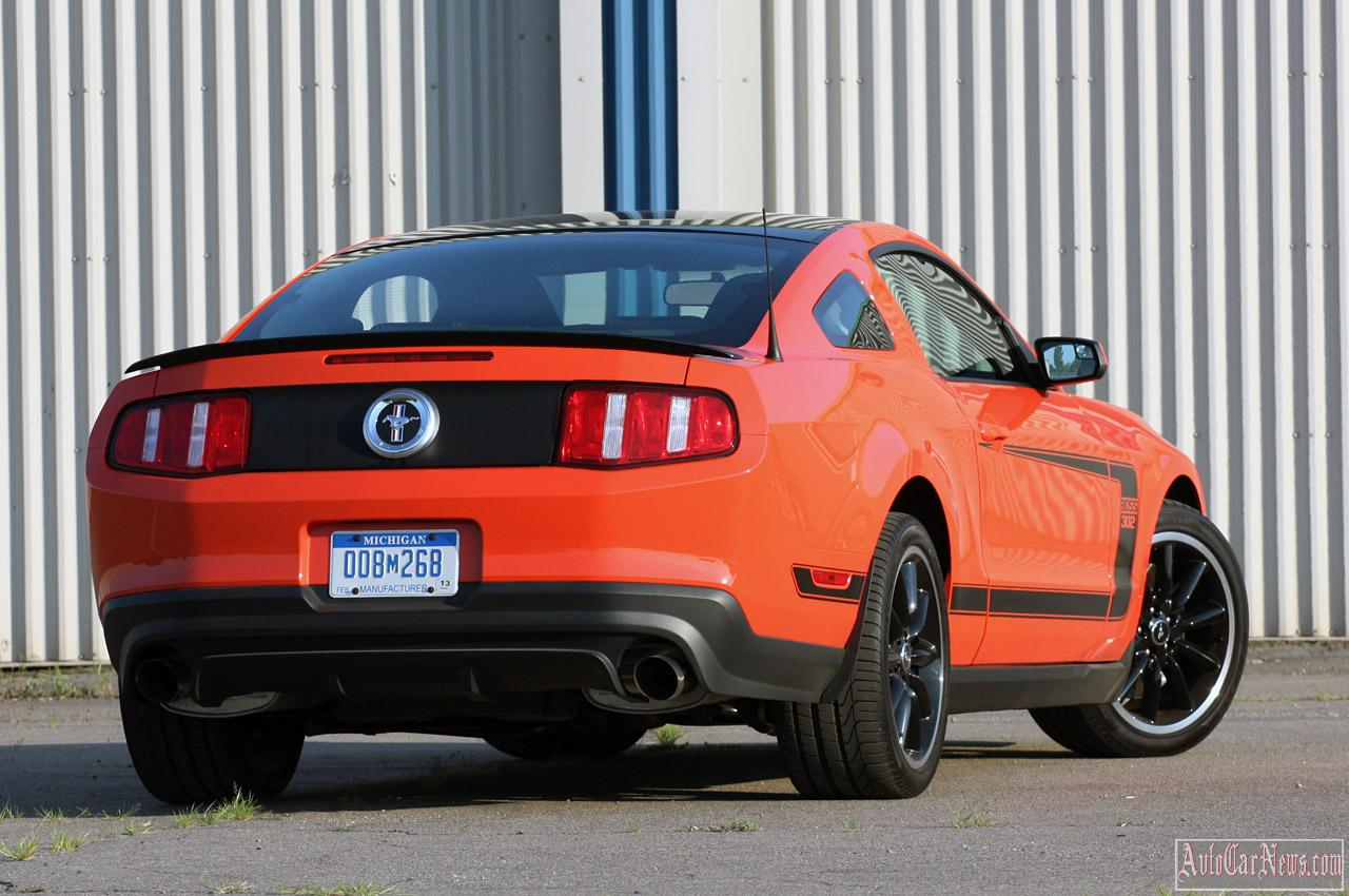2012 Ford Mustang Boss 302 Photo