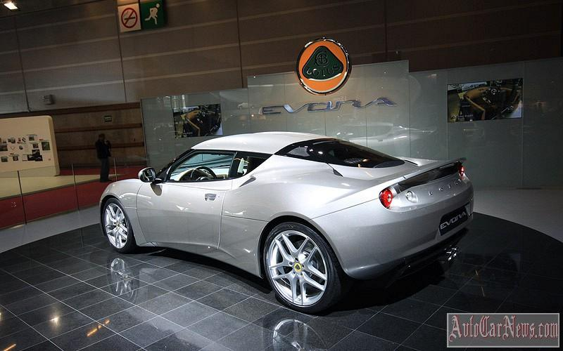 2014 Lotus Evora Paris Photo
