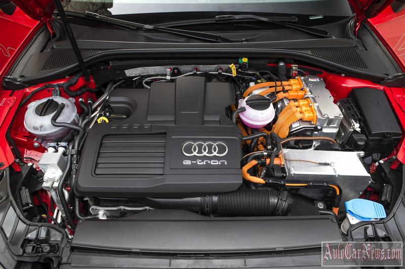 2015 Audi RS3 Sportback Engine Photo