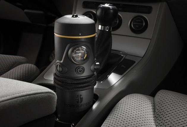 Подарок водителю, что подарить на Новый год?