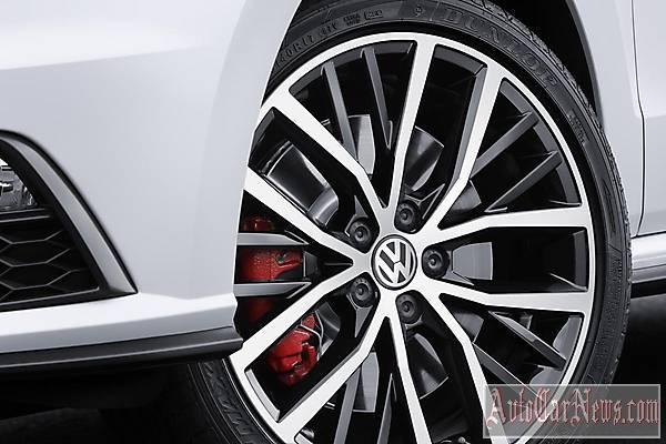 2015_volkswagen_polo_gti_photo-19
