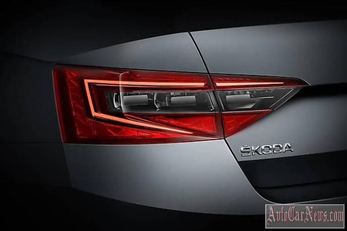 2016_Skoda_Superb_Photo-15