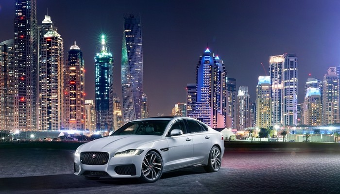 2016-jaguar-xf-photo-14