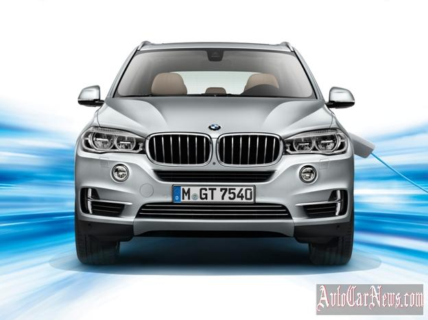 2016_BMW_X5_xDrive40e_Photo-33