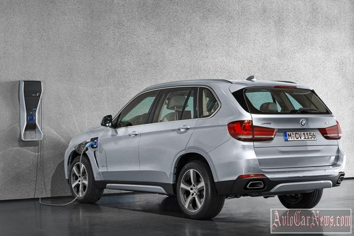 2016_BMW_X5_xDrive40e_Photo-36