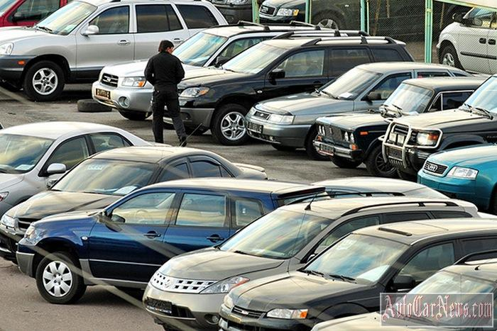 kakoj-avtomobil-kupit-novyj-ili-poderzhannyj