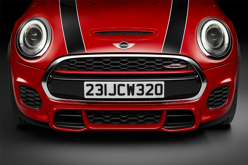 2015-MINI-John-Cooper-Works-Photo-06