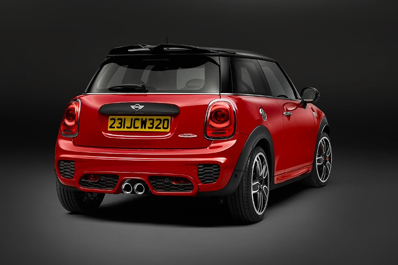 2015-MINI-John-Cooper-Works-Photo-07