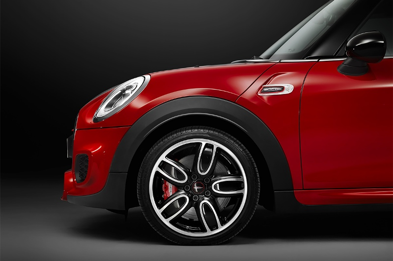 2015-MINI-John-Cooper-Works-Photo-08