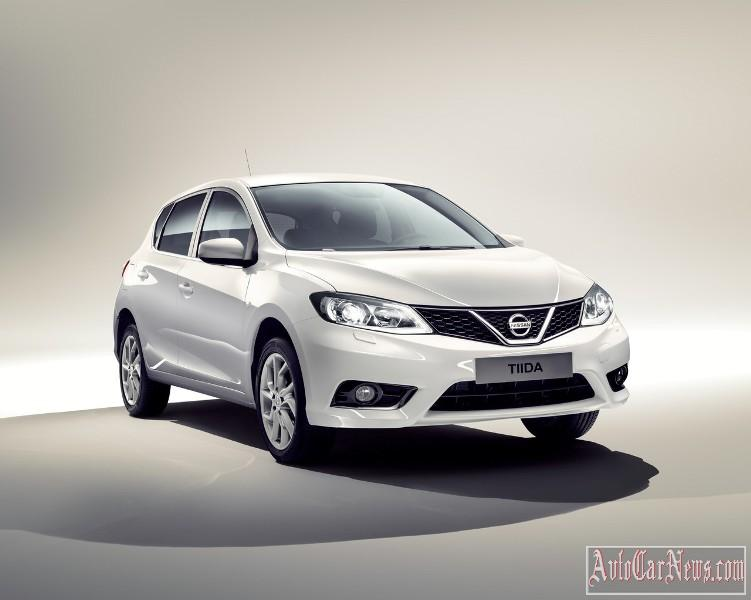 2015_nissan_tiida_photo-15