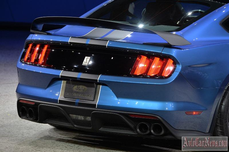 2016-shelby-gt350r-photo-08