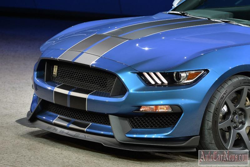 2016-shelby-gt350r-photo-09
