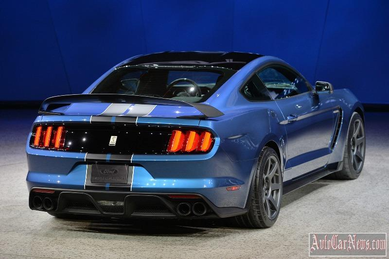 2016-shelby-gt350r-photo-16