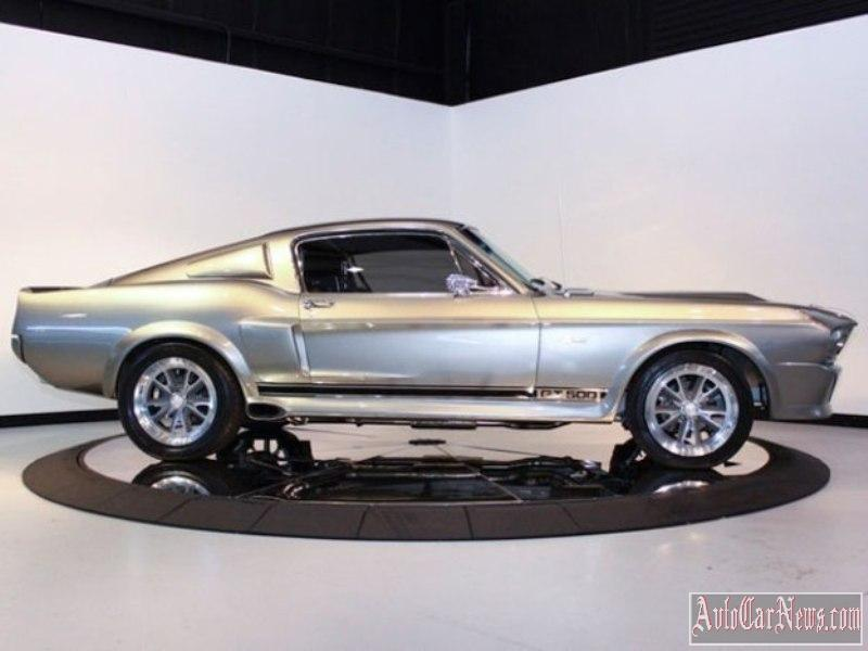 Ford-Mustang-Shelby-GT500'67-photo-14