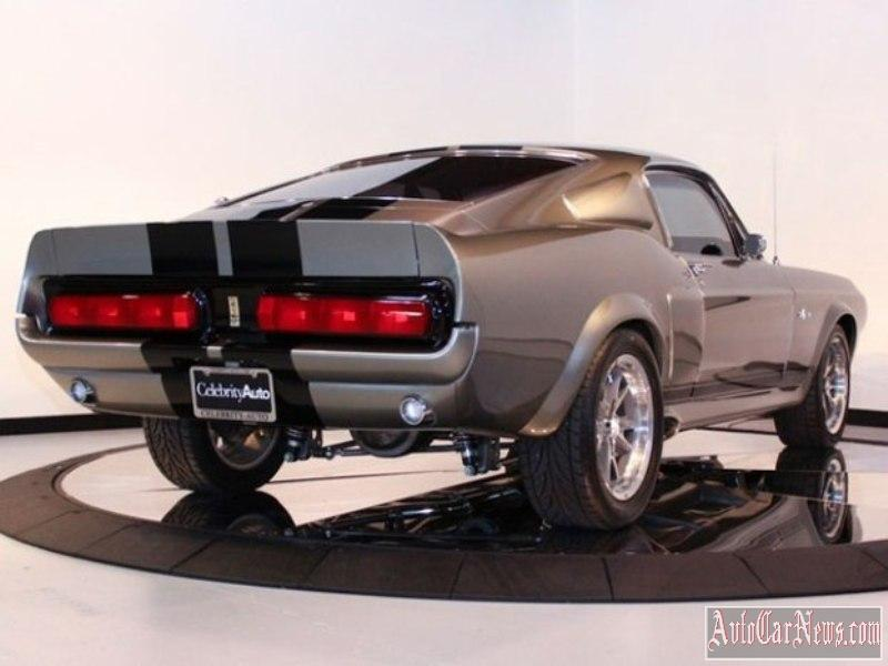 Ford-Mustang-Shelby-GT500'67-photo-15