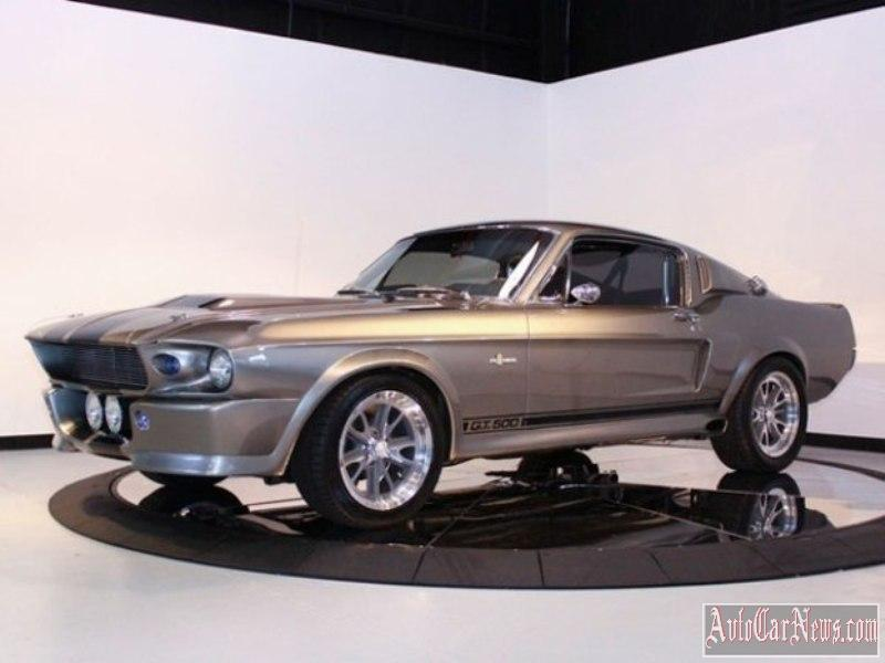 Ford-Mustang-Shelby-GT500'67-photo-17