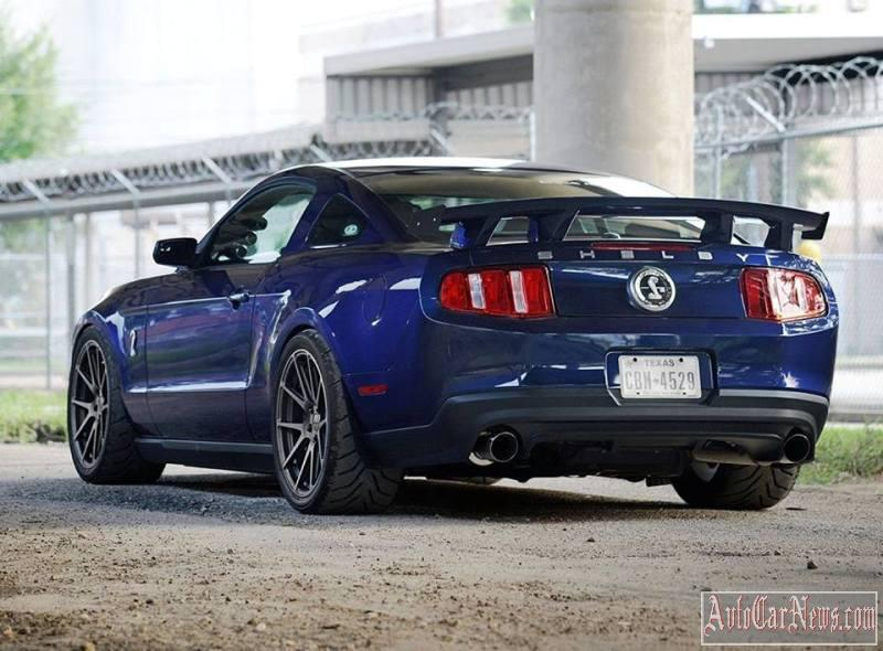2011-shelby-mustang-gt500-08
