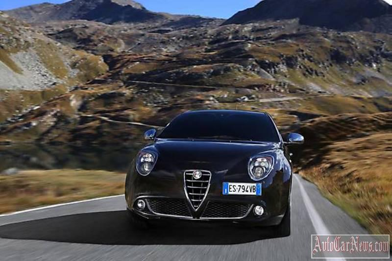 2014_Alfa_Romeo_MiTo_Photo-16
