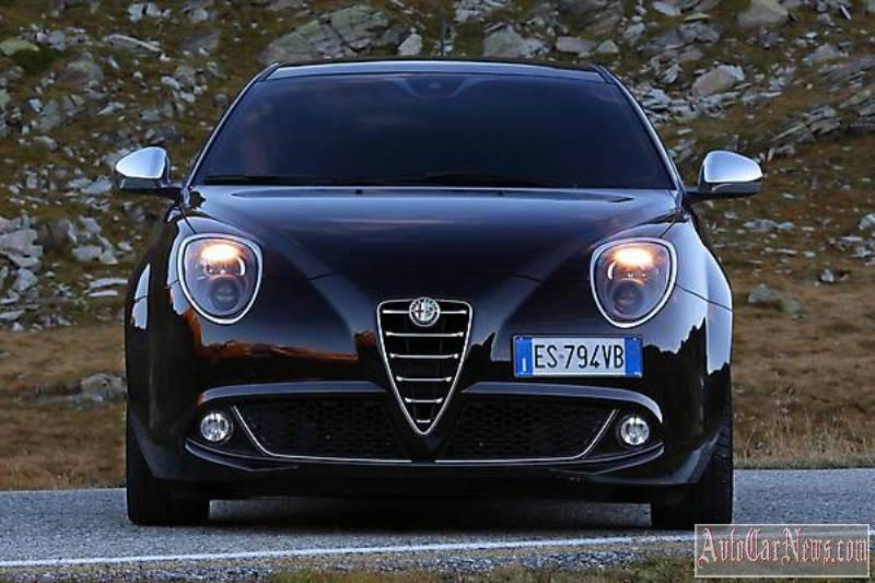 2014_Alfa_Romeo_MiTo_Photo-28