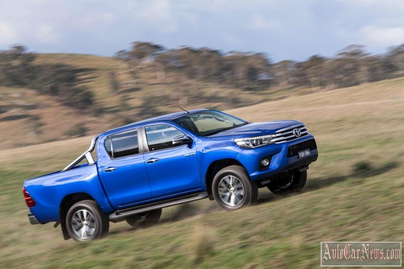2016_toyota_hilux_photo-17