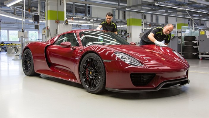 2015-porsche-918-spyder-fd-photo-01