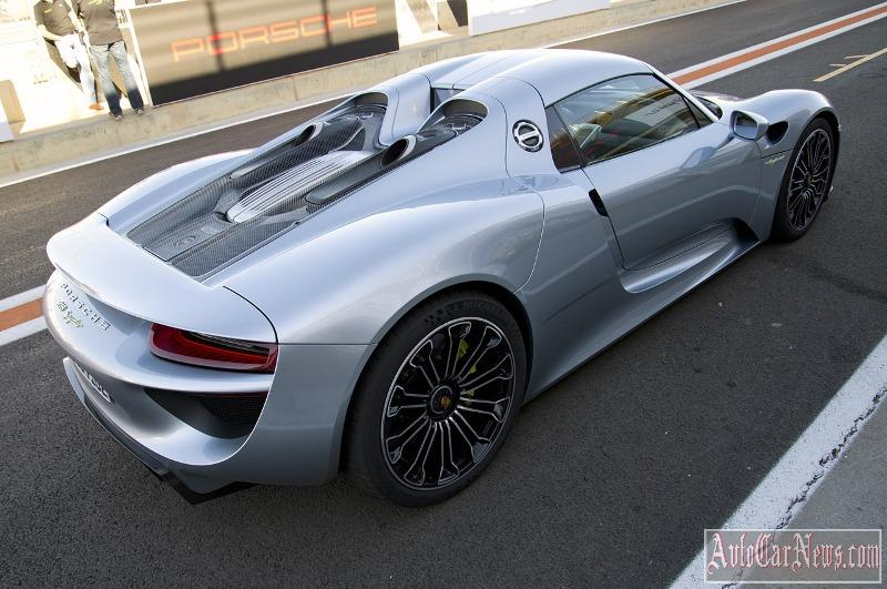 2015-porsche-918-spyder-fd-photo-23