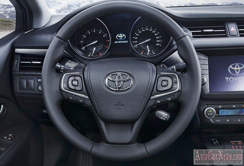 2015_toyota_avensis_photo-29