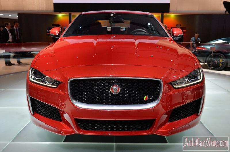 2016-jaguar-xe-photo-08