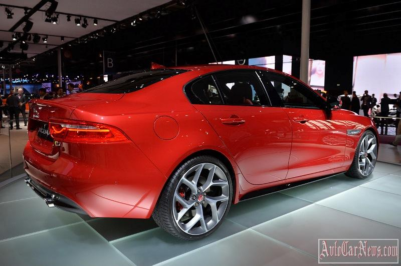 2016-jaguar-xe-photo-09