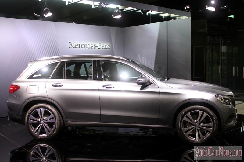 2016-mercedes-glc-350e-photo-23