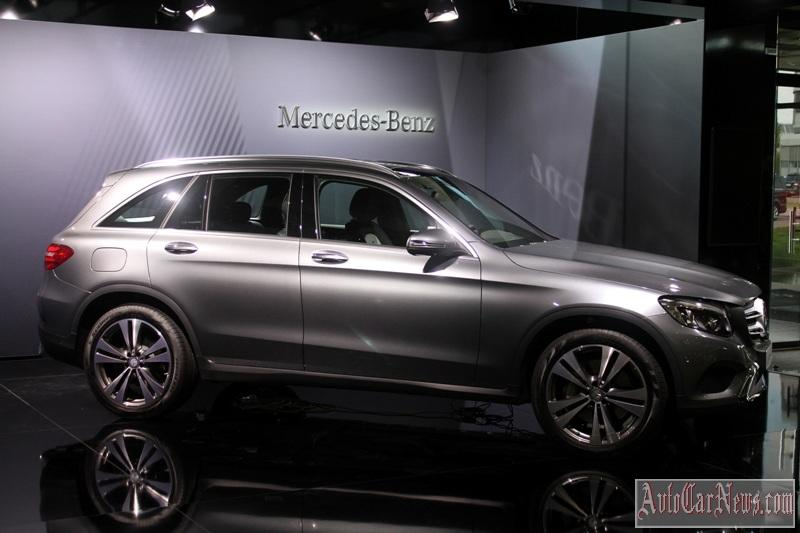 2016-mercedes-glc-350e-photo-24