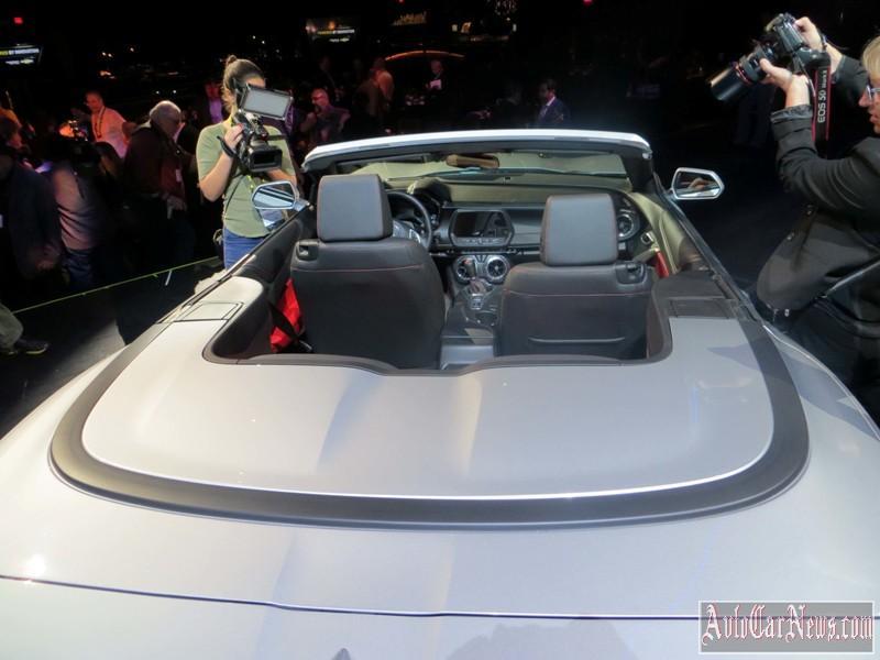 2016-chevy-camaro-convertible-foto-04