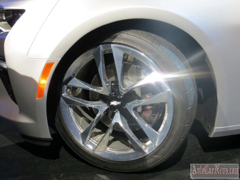 2016-chevy-camaro-convertible-foto-06