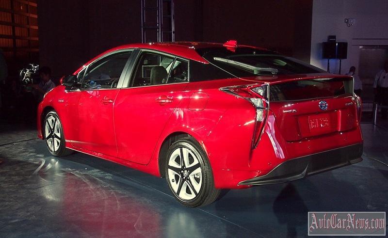 Toyota Mirai 2016  характеристики описание цена