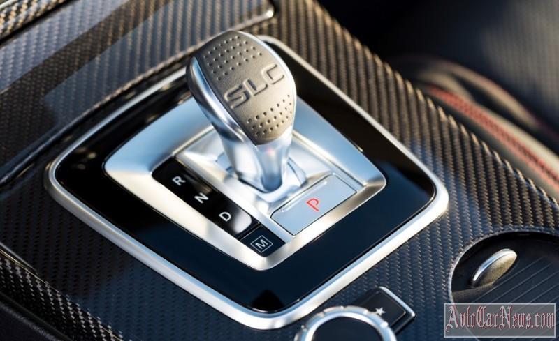 2017-Mercedes-Benz-SLC-class-foto-02