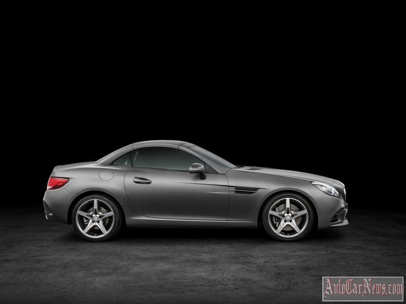 2017-Mercedes-Benz-SLC-class-foto-05