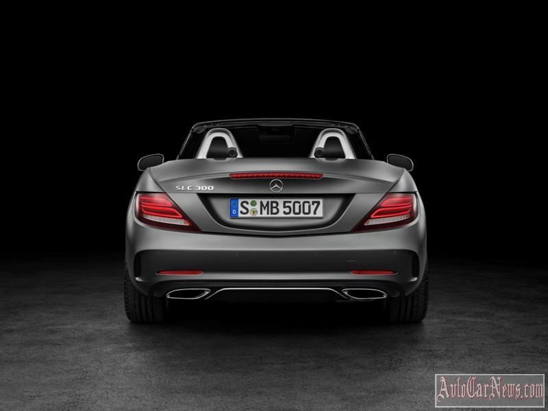 2017-Mercedes-Benz-SLC-class-foto-08