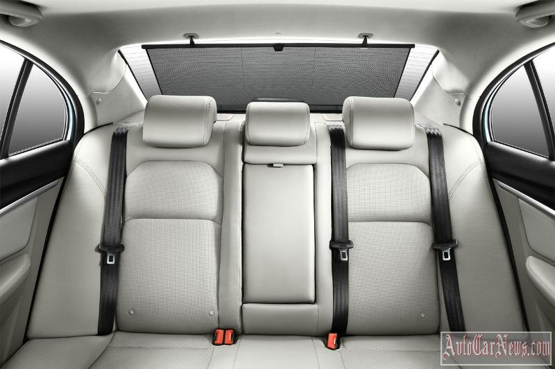 2016_geely_emgrand_7_photo-02