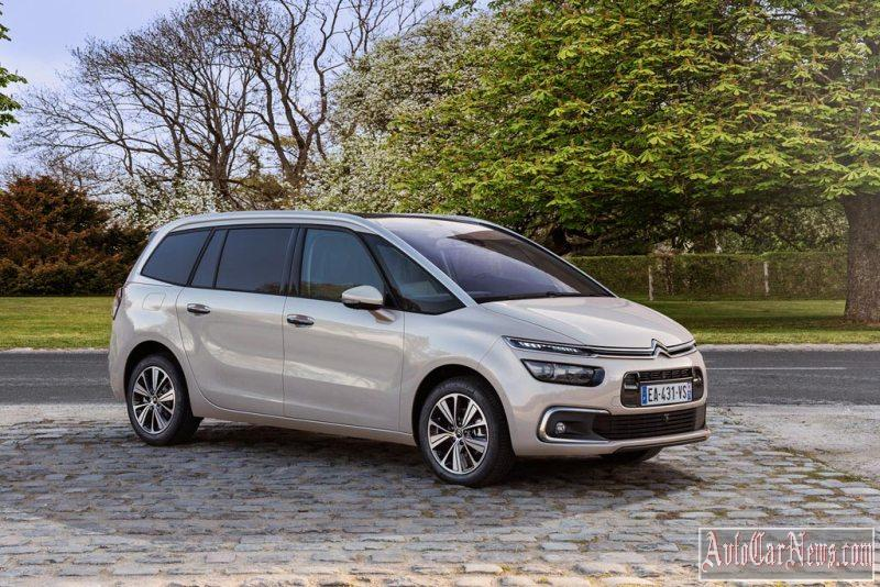 2017_citroen_c4_picasso_photo-10