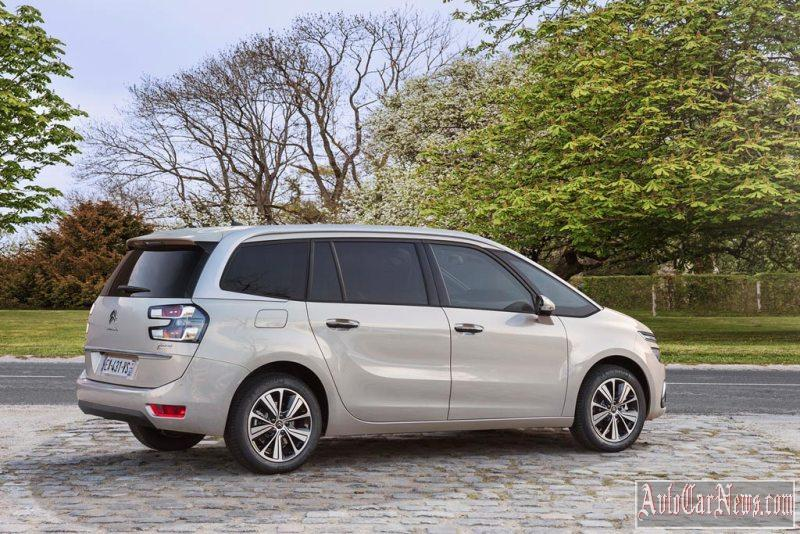 2017_citroen_c4_picasso_photo-11