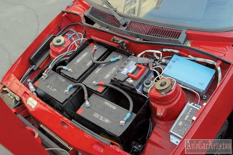elektromobil-bez-akkumulyatorov-00