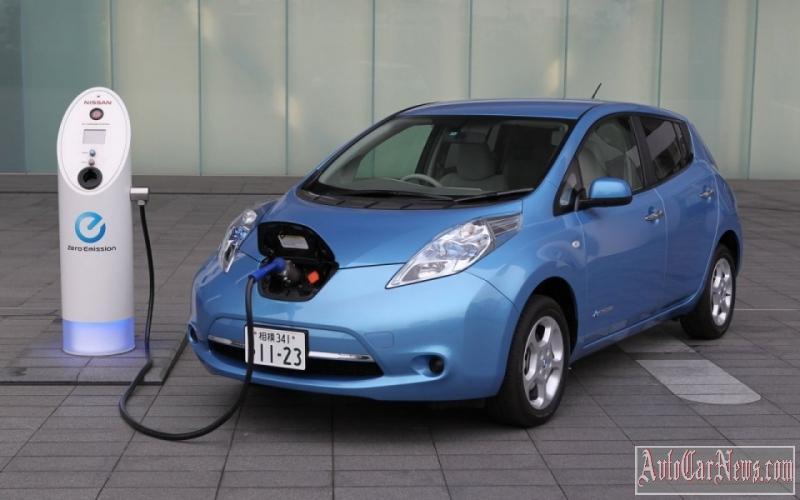 elektromobil-bez-akkumulyatorov-01