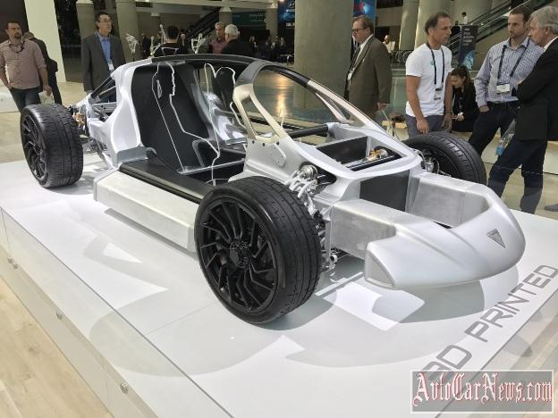2017_divergent_blade_supercar_photo-02