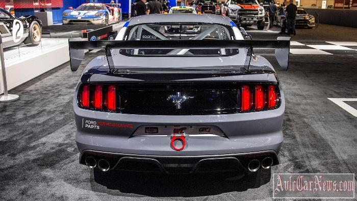 2017_mustang_gt4_ford_performance_sema_photo-10