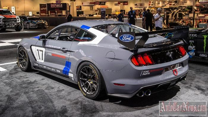 2017_mustang_gt4_ford_performance_sema_photo-12
