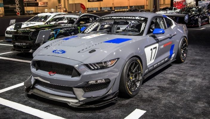 2017_mustang_gt4_ford_performance_sema_photo-15